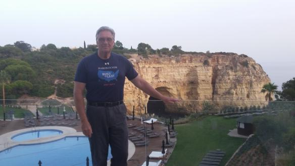 Man wearing Baron t-shirt in Carvoeiro, Portugal. Activating element opens larger version of image.
